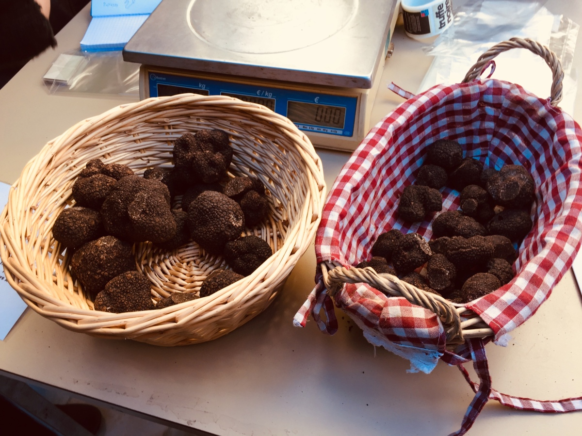 Moussoulens Truffle Market